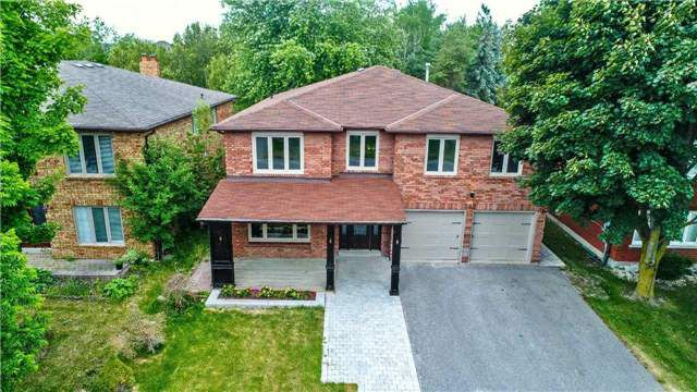 Main Photo: 242 North Lake Road in Richmond Hill: Oak Ridges House (Bungalow-Raised) for sale : MLS®# N4289986