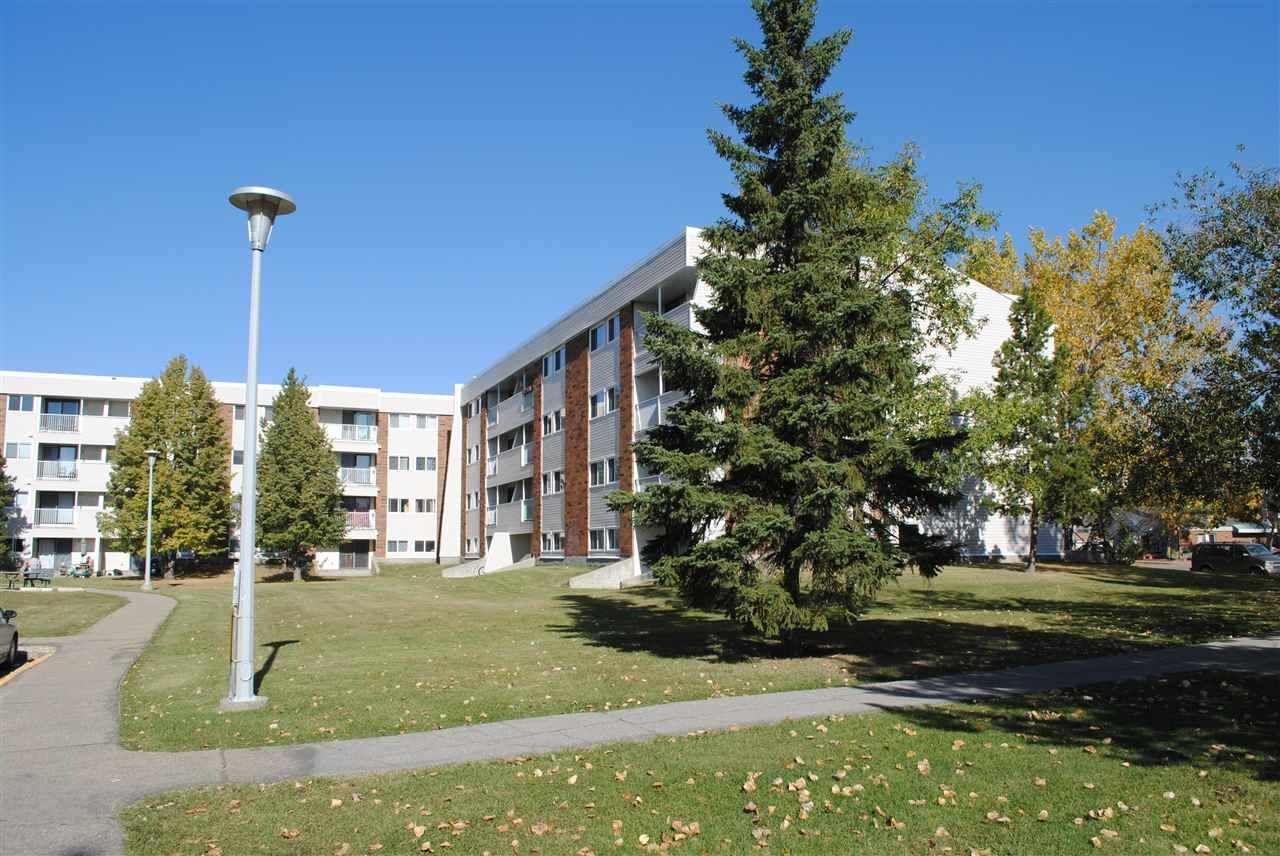 Main Photo: 16 11245 31 Avenue in Edmonton: Zone 16 Condo for sale : MLS®# E4138434