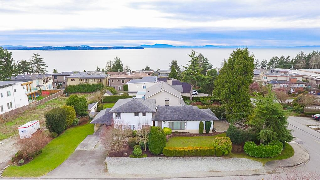 Main Photo: 14166 MALABAR Avenue: White Rock House for sale (South Surrey White Rock)  : MLS®# R2330386