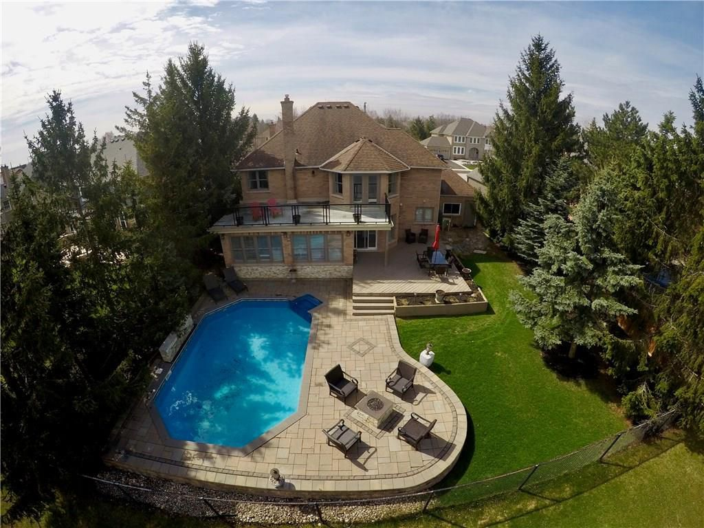 Photo 35: Photos: 2093 COUNTRY CLUB Drive in Burlington: Residential for sale : MLS®# H4051676