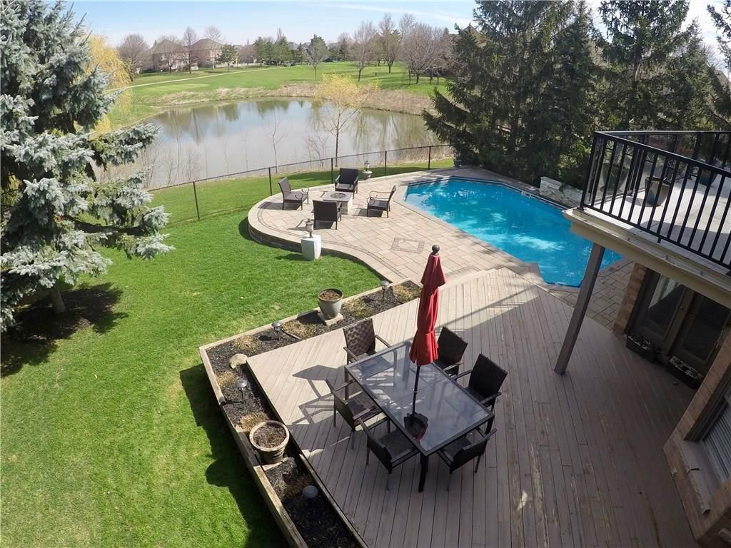 Photo 36: Photos: 2093 COUNTRY CLUB Drive in Burlington: Residential for sale : MLS®# H4051676