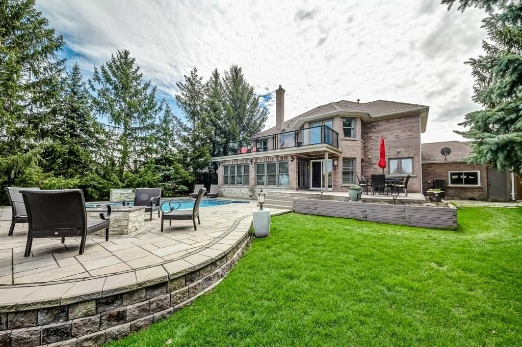 Photo 31: Photos: 2093 COUNTRY CLUB Drive in Burlington: Residential for sale : MLS®# H4051676