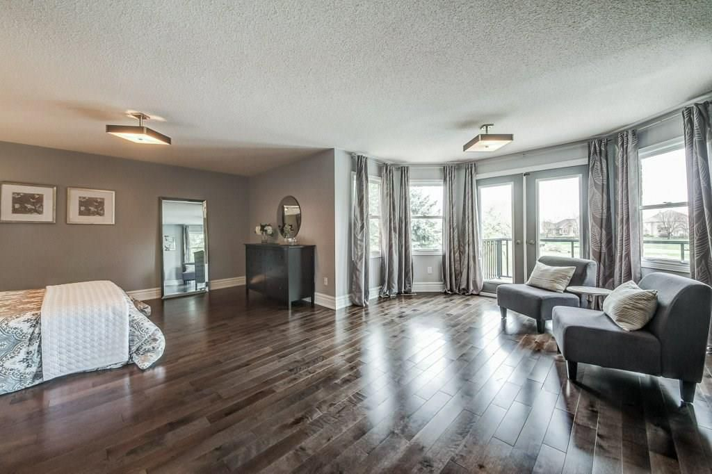 Photo 26: Photos: 2093 COUNTRY CLUB Drive in Burlington: Residential for sale : MLS®# H4051676