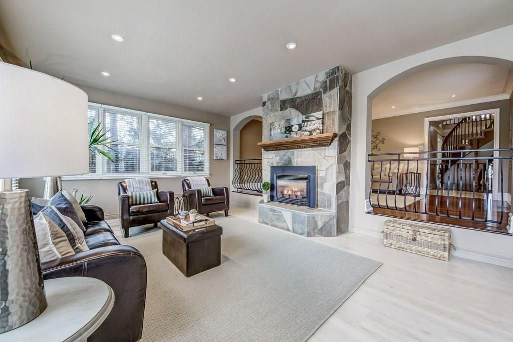 Photo 16: Photos: 2093 COUNTRY CLUB Drive in Burlington: Residential for sale : MLS®# H4051676