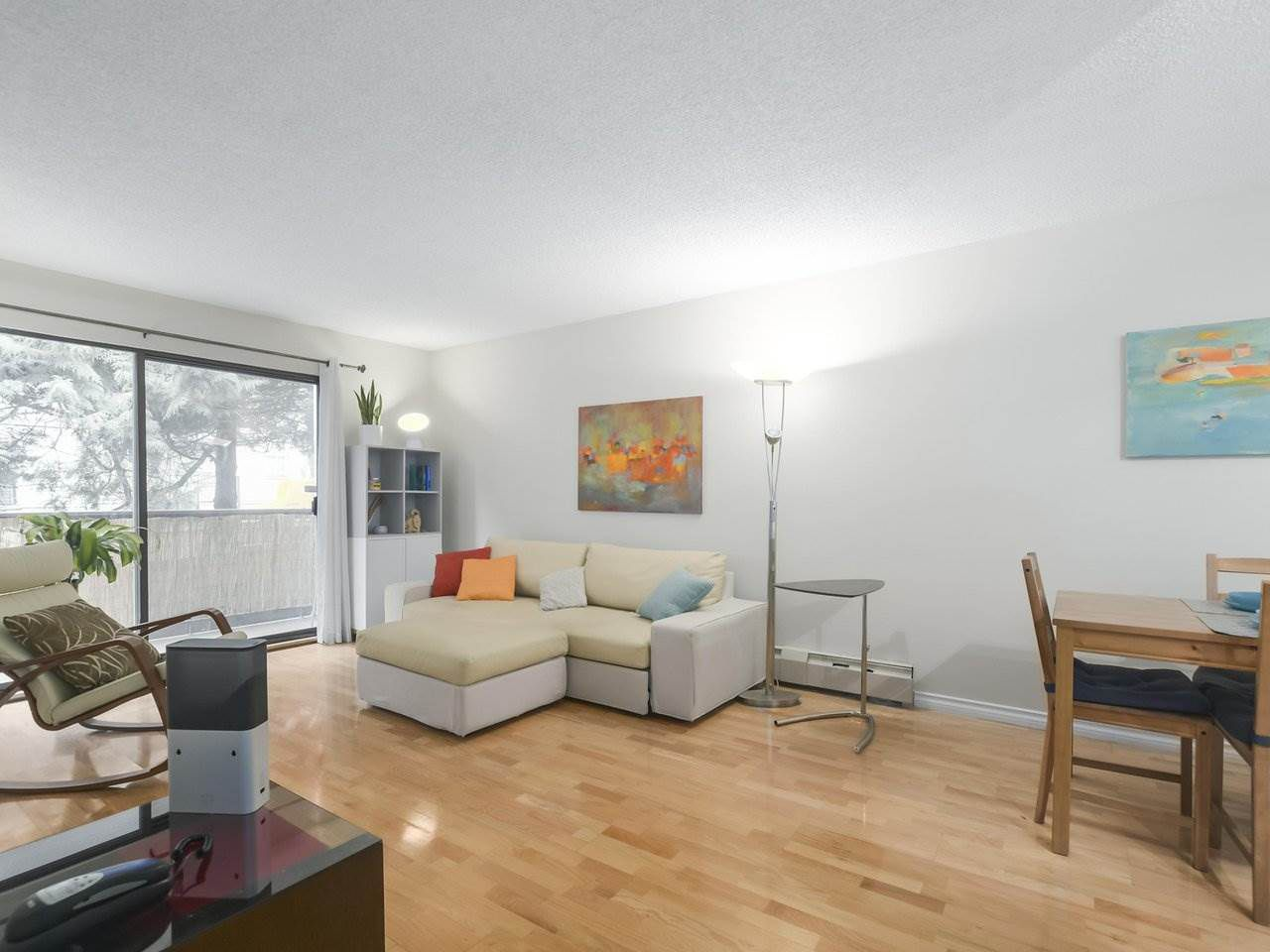"""Main Photo: 208 1515 E 5TH Avenue in Vancouver: Grandview Woodland Condo for sale in """"WOODLANDS PLACE"""" (Vancouver East)  : MLS®# R2376599"""
