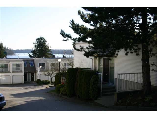 Main Photo: 3 1850 Harbour Street in : Citadel PQ Townhouse for sale : MLS®# v982683