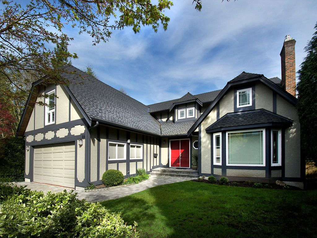 "Main Photo: 44 WOODLAND Drive in Tsawwassen: Tsawwassen East House for sale in ""THE TERRACE"" : MLS®# V1114053"