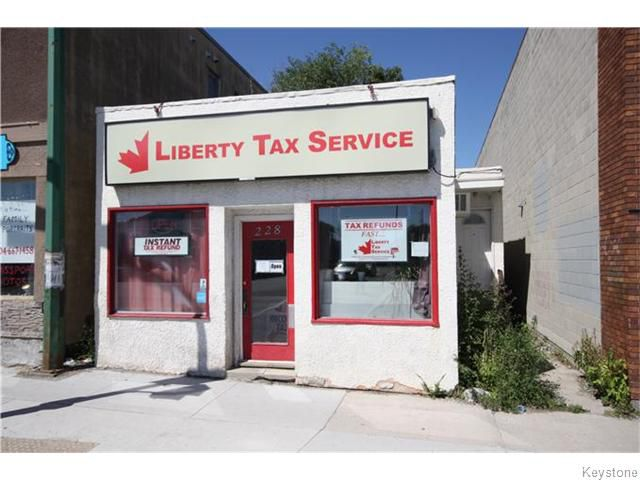 Main Photo: 228 Henderson Highway in Winnipeg: Industrial / Commercial / Investment for sale (3C)  : MLS®# 1620543