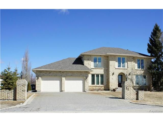 Main Photo: 14 CLAYMORE Place in East St Paul: Glengarry Park Residential for sale (3P)  : MLS®# 1705566