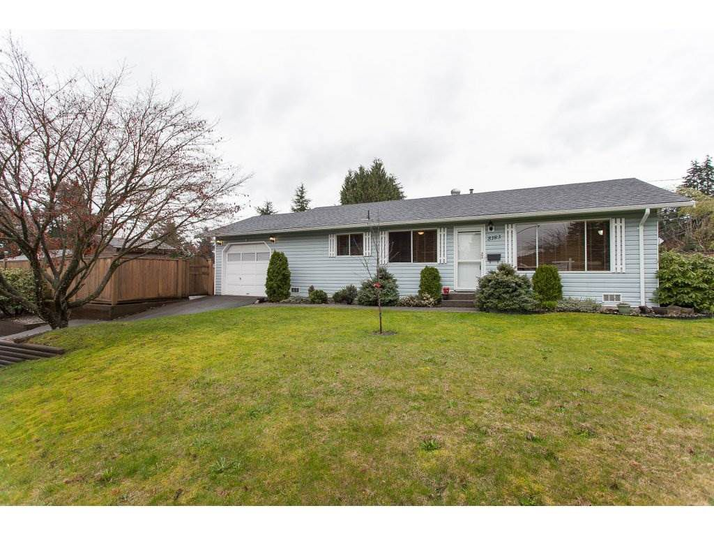 Main Photo: 8183 PHILBERT Street in Mission: Mission BC House for sale : MLS®# R2153124