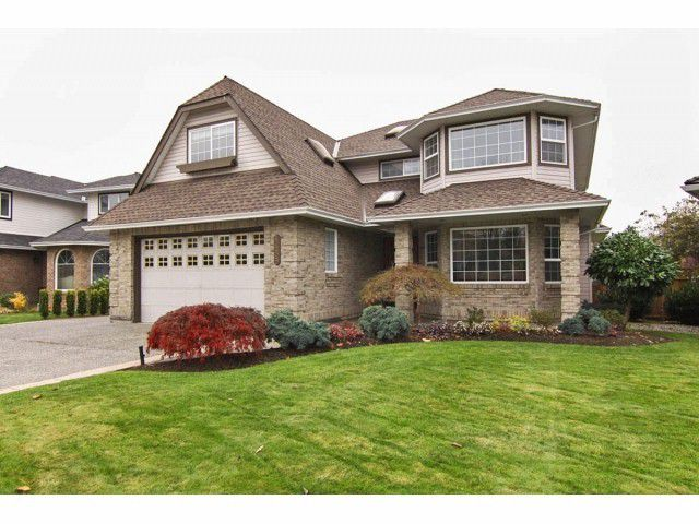 Main Photo: 4459 222A Street in Langley: Home for sale : MLS®# F1324853