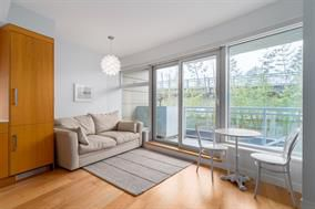 Main Photo: 302 1565 W 6 Avenue in Vancouver: Condo for sale (Vancouver West)  : MLS®# R2173671