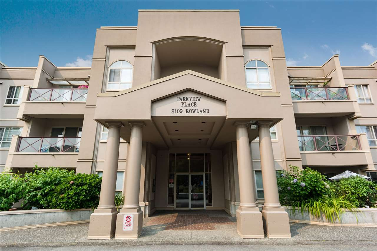 "Main Photo: 307 2109 ROWLAND Street in Port Coquitlam: Central Pt Coquitlam Condo for sale in ""PARKVIEW PLACE"" : MLS®# R2300379"