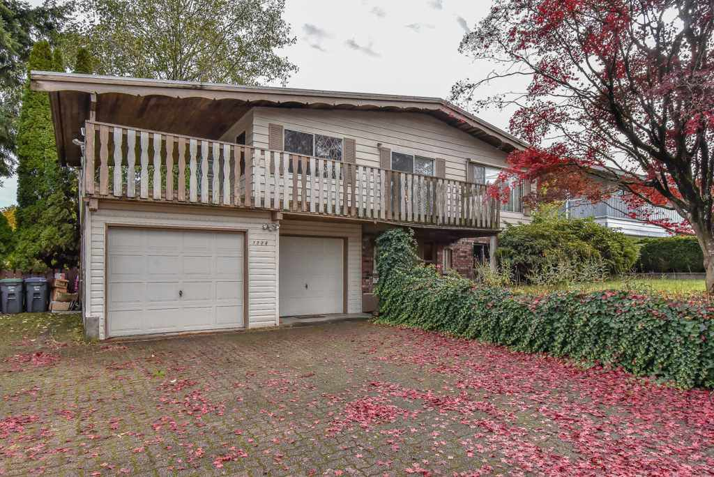 Main Photo: 7774 140 Street in Surrey: East Newton House for sale : MLS®# R2318594