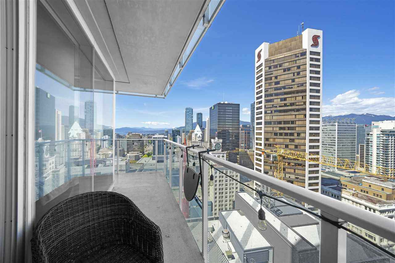 "Main Photo: 3306 777 RICHARDS Street in Vancouver: Downtown VW Condo for sale in ""Telus Garden"" (Vancouver West)  : MLS®# R2379245"