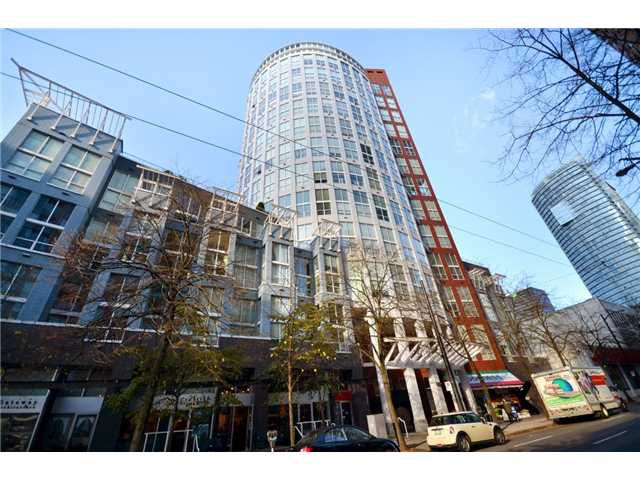 "Main Photo: 302 933 SEYMOUR Street in Vancouver: Downtown VW Condo for sale in ""THE SPOT"" (Vancouver West)  : MLS®# V920608"