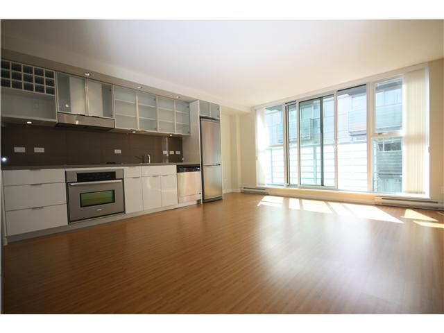 "Main Photo: 815 168 POWELL Street in Vancouver: Downtown VE Condo for sale in ""SMART GASTOWN"" (Vancouver East)  : MLS®# V925188"