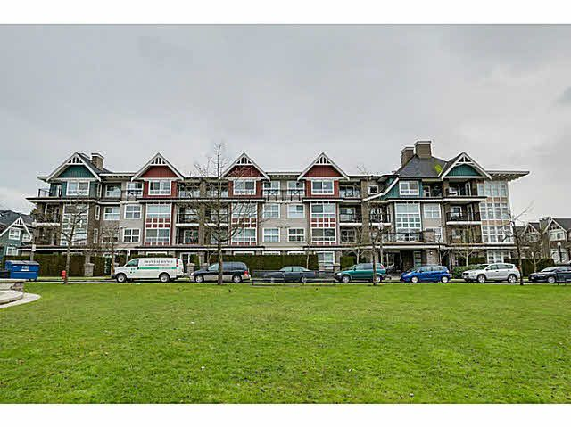 """Main Photo: 308 7088 MONT ROYAL Square in Vancouver: Champlain Heights Condo for sale in """"The Brittany"""" (Vancouver East)  : MLS®# V1107585"""