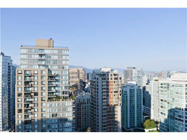 """Main Photo: 3004 928 HOMER Street in Vancouver: Yaletown Condo for sale in """"YALETOWN PARK I"""" (Vancouver West)  : MLS®# V1138005"""