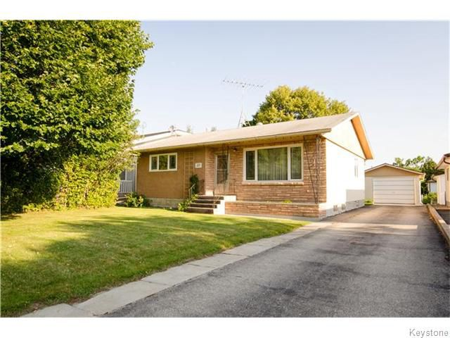 Main Photo: 321 PARK Avenue in BEAUSEJOUR: Beausejour / Tyndall Residential for sale (Winnipeg area)  : MLS®# 1522181