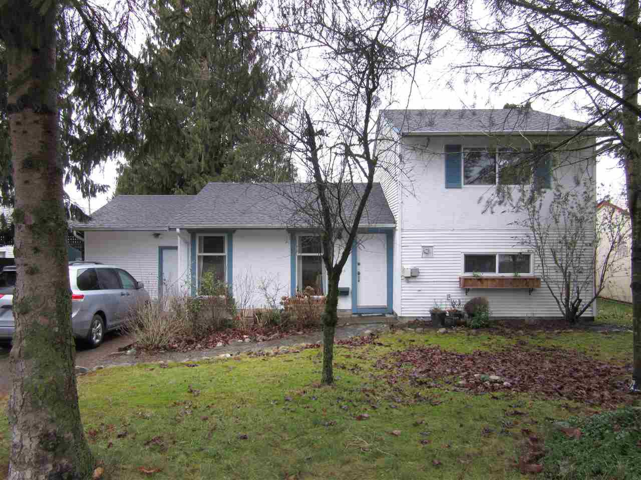 Main Photo: 26549 32 Avenue in Langley: Aldergrove Langley House for sale : MLS®# R2023163
