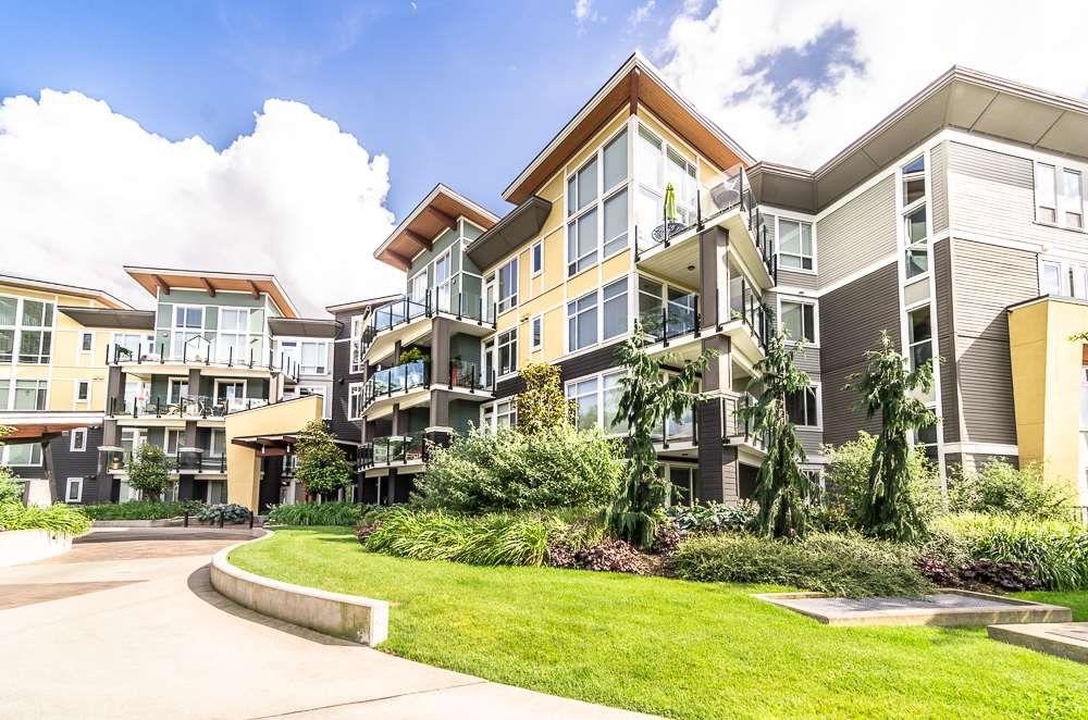 "Main Photo: 109 45389 CHEHALIS Drive in Sardis: Vedder S Watson-Promontory Condo for sale in ""Radius"" : MLS®# R2076388"