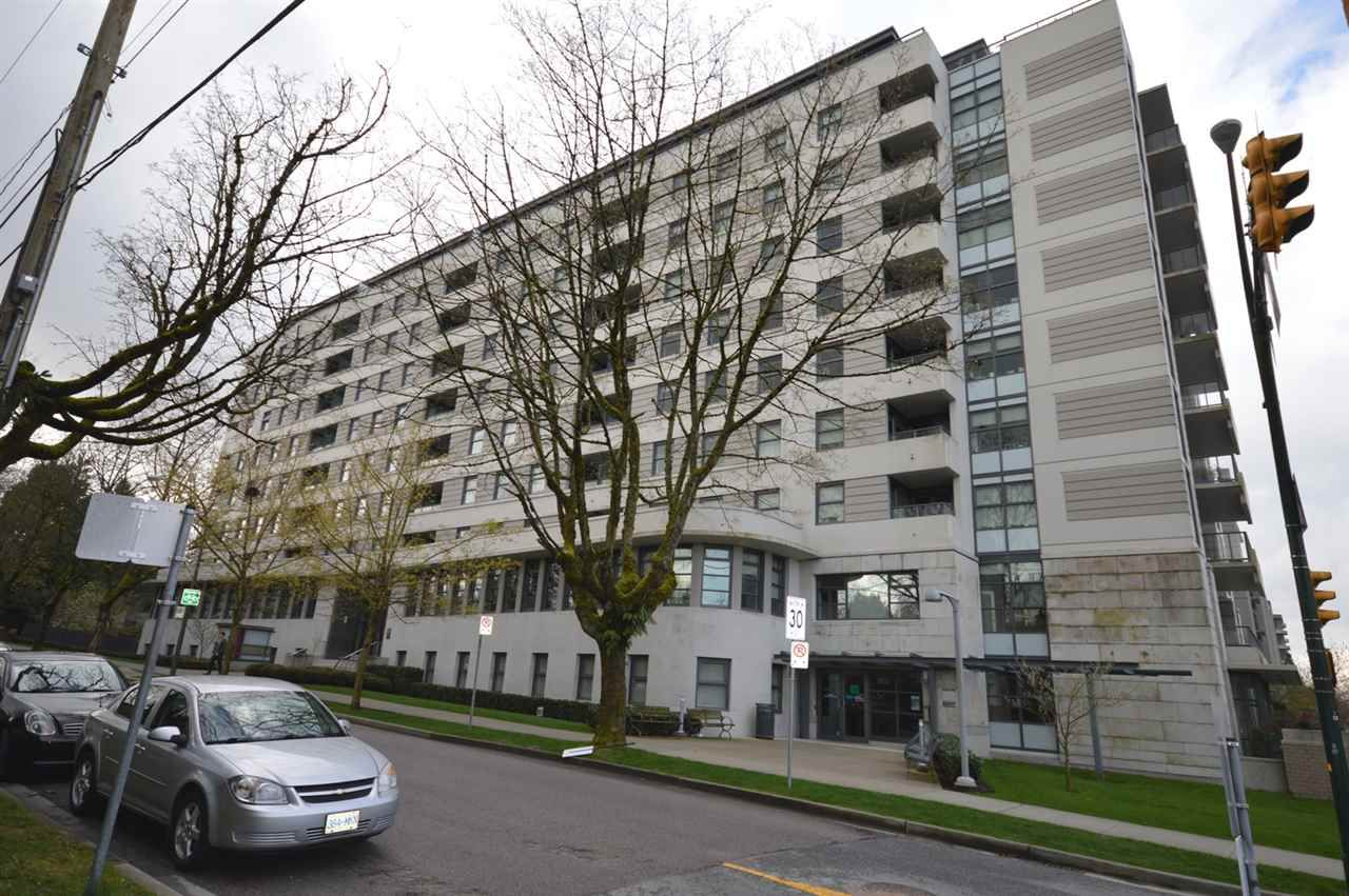 """Main Photo: 204 2851 HEATHER Street in Vancouver: Fairview VW Condo for sale in """"TAPESTRY"""" (Vancouver West)  : MLS®# R2158021"""