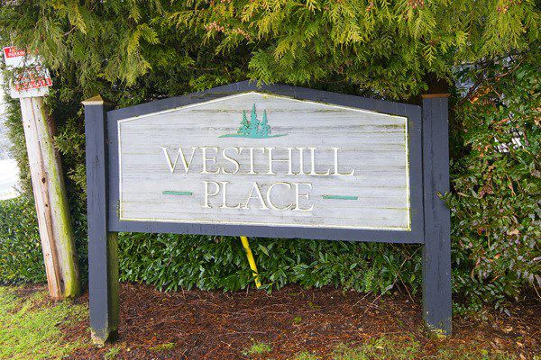 "Main Photo: 117 200 WESTHILL Place in Port Moody: College Park PM Condo for sale in ""WESTHILL PLACE"" : MLS®# R2158066"