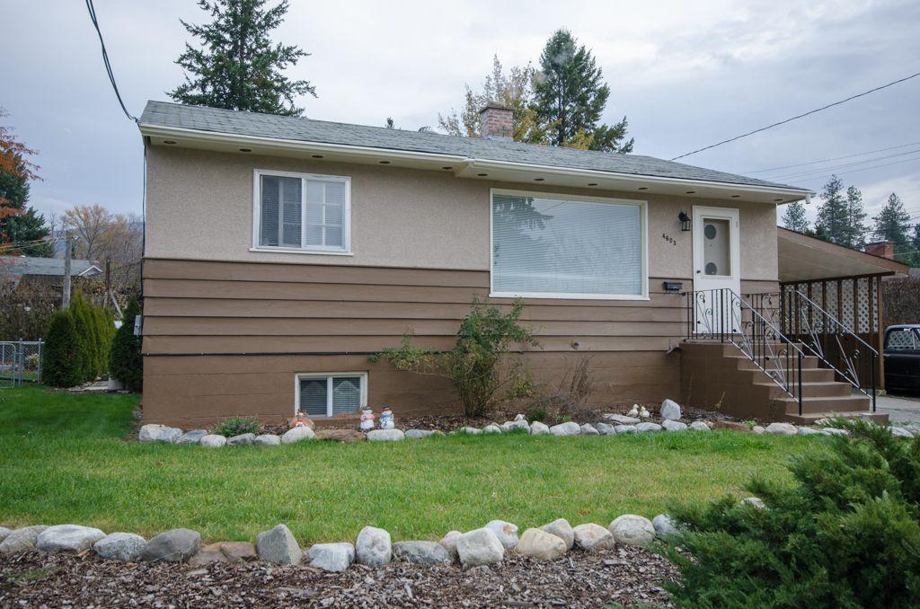 Main Photo: 4603 17th Street in Vernon: Harwood House for sale (North Okanagan)