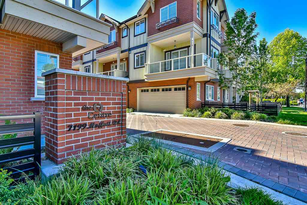 """Main Photo: 10 7199 MOFFATT Road in Richmond: Brighouse South Townhouse for sale in """"THE CENTRE"""" : MLS®# R2171891"""
