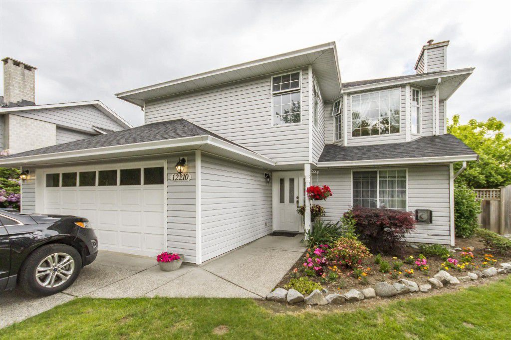 Main Photo: 12210 188 Street in Pitt Meadows: Central Meadows House for sale : MLS®# R2176179