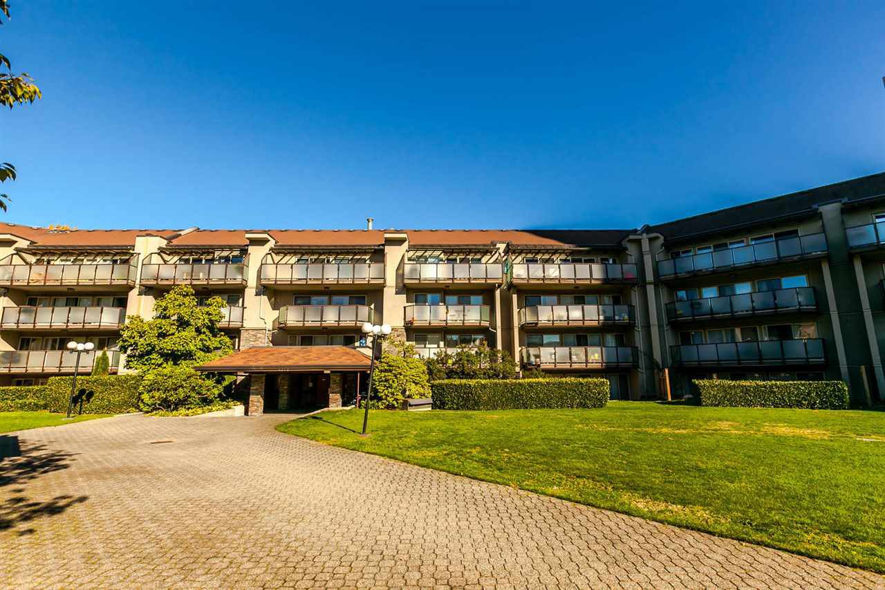 """Main Photo: 425 4373 HALIFAX Street in Burnaby: Brentwood Park Condo for sale in """"Brent Gardens"""" (Burnaby North)  : MLS®# R2216919"""