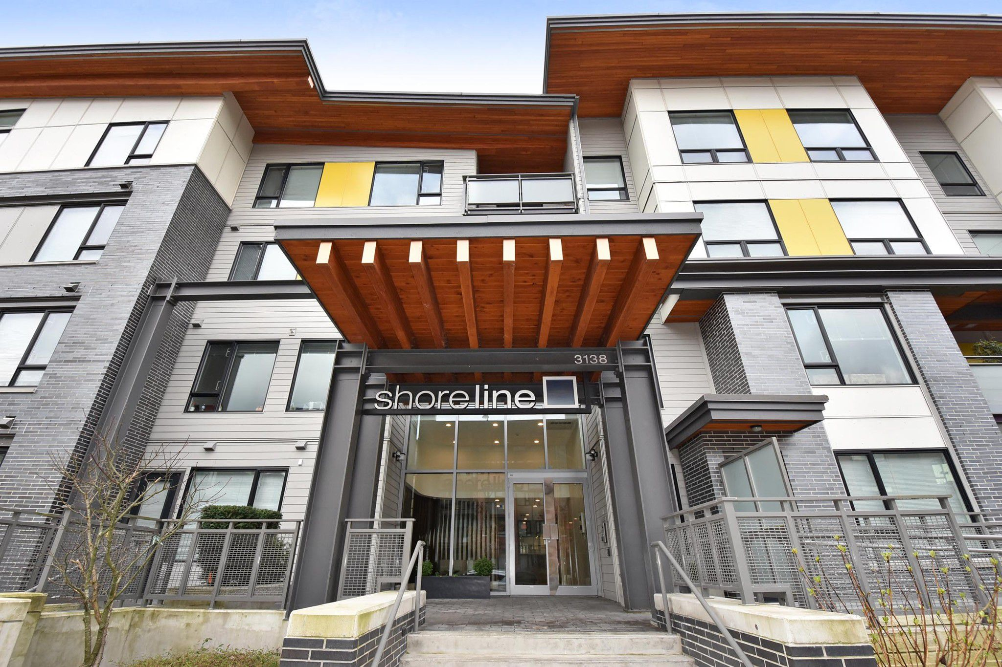 """Main Photo: 317 3138 RIVERWALK Avenue in Vancouver: Champlain Heights Condo for sale in """"SHORELINE"""" (Vancouver East)  : MLS®# R2249741"""
