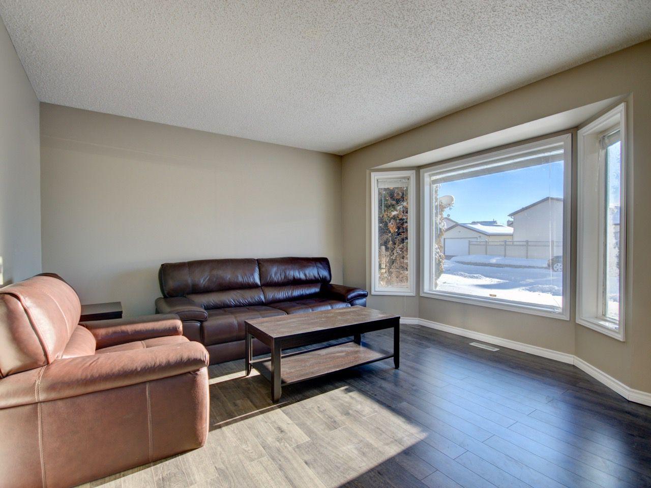 Main Photo: 8332 158 Avenue in Edmonton: Zone 28 House for sale : MLS®# E4139030
