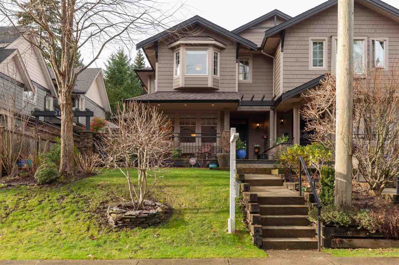 Main Photo: 3131 SUNNYHURST Road in North Vancouver: Lynn Valley Townhouse for sale : MLS®# R2331900