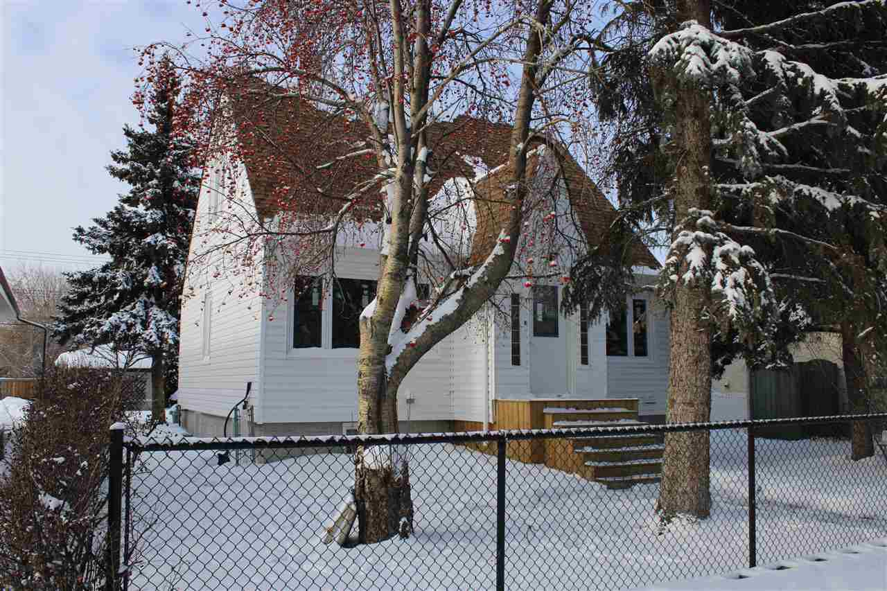 Main Photo:  in Edmonton: Zone 04 House for sale : MLS®# E4143651