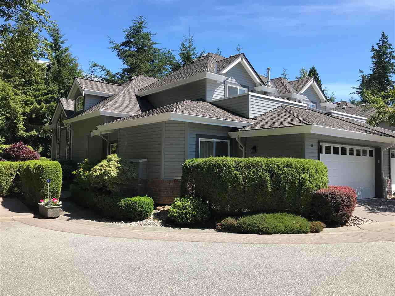 """Main Photo: 15 2168 150A Street in Surrey: Sunnyside Park Surrey Townhouse for sale in """"SOUTHAMPTON ESTATES"""" (South Surrey White Rock)  : MLS®# R2382950"""