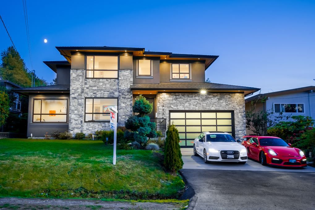 Main Photo: 5030 HARDWICK Street in Burnaby: Greentree Village House for sale (Burnaby South)  : MLS®# R2387670