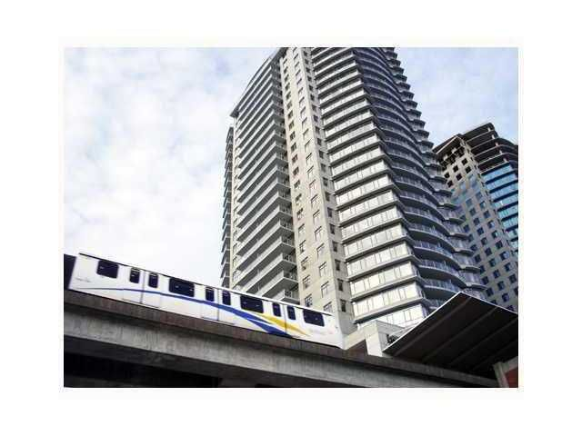 """Main Photo: 3508 898 CARNARVON Street in New Westminster: Downtown NW Condo for sale in """"AZURE 1"""" : MLS®# V922273"""