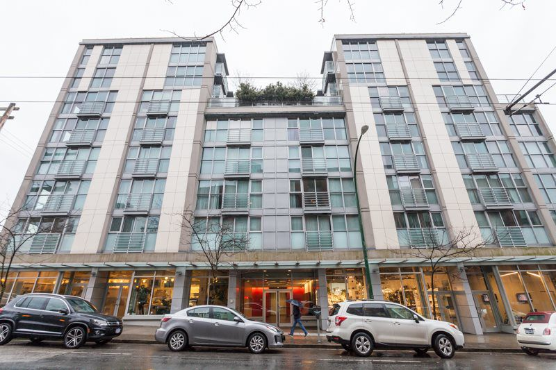 "Main Photo: 305 168 POWELL Street in Vancouver: Downtown VE Condo for sale in ""SMART"" (Vancouver East)  : MLS®# R2132200"