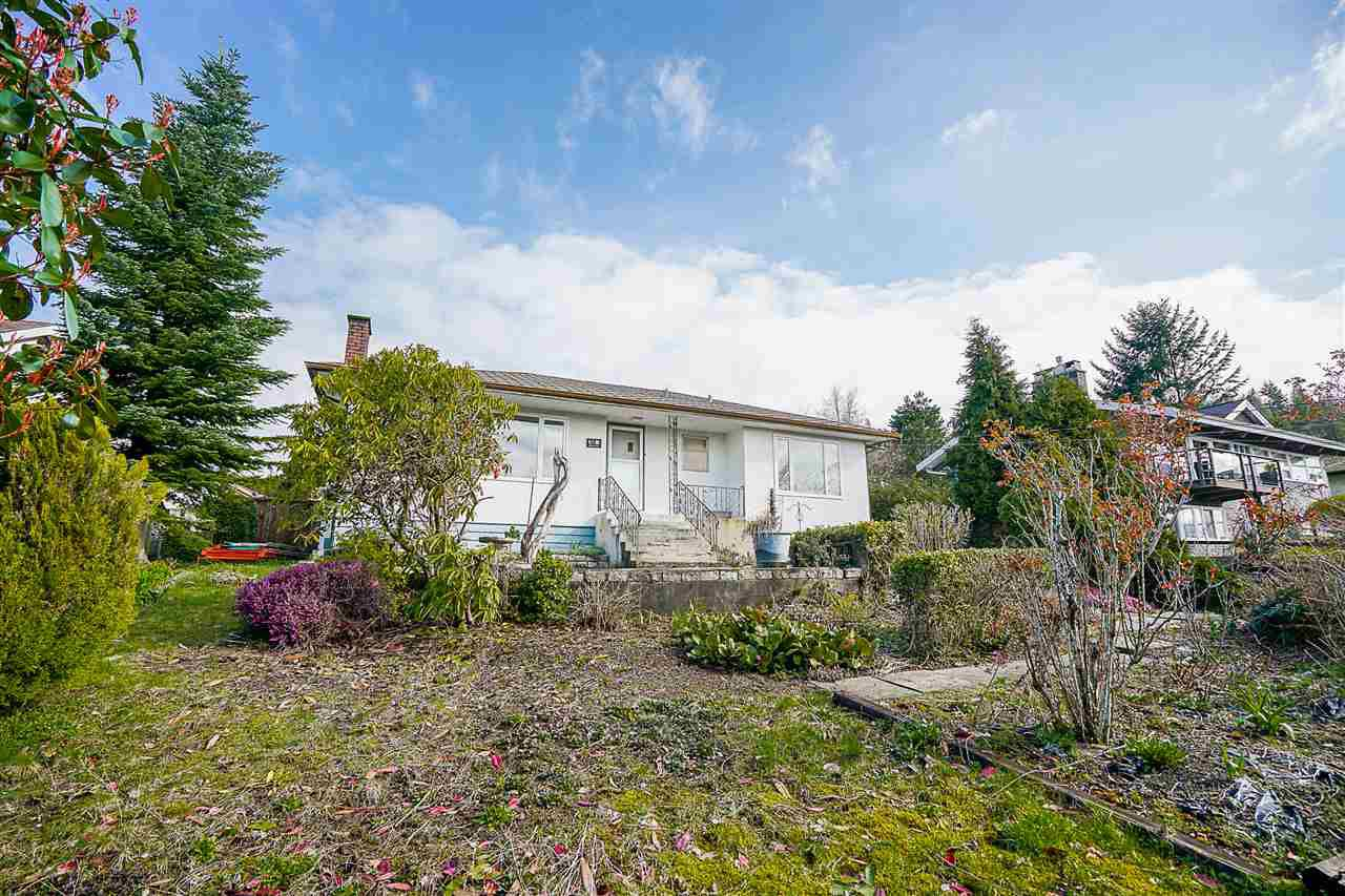 Main Photo: 7495 AUBREY Street in Burnaby: Simon Fraser Univer. House for sale (Burnaby North)  : MLS®# R2154261