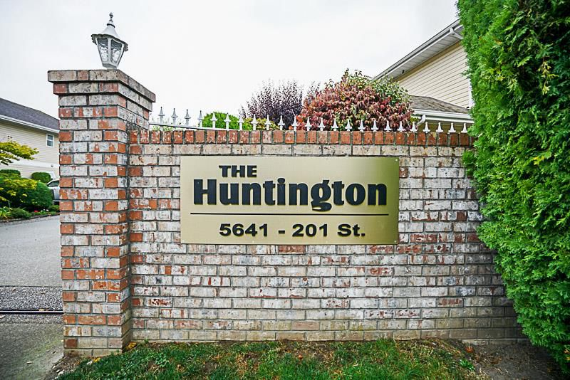 """Main Photo: 107 5641 201 Street in Langley: Langley City Townhouse for sale in """"Huntington"""" : MLS®# R2222255"""
