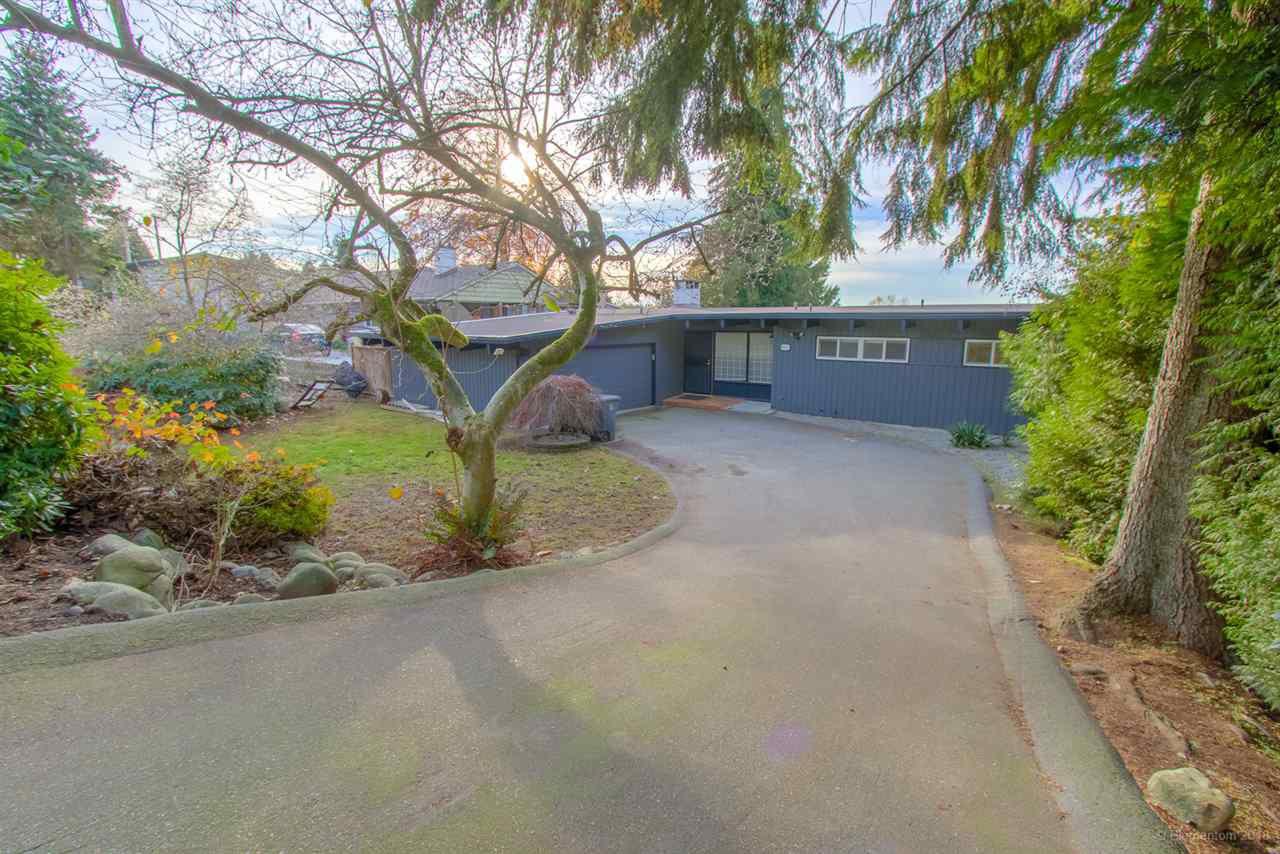 Main Photo: 10433 125A Street in Surrey: Cedar Hills House for sale (North Surrey)  : MLS®# R2322652