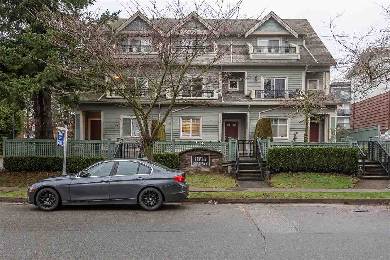 Main Photo: 1 5261 VICTORY Street in Burnaby: Metrotown Townhouse for sale (Burnaby South)  : MLS®# R2335213