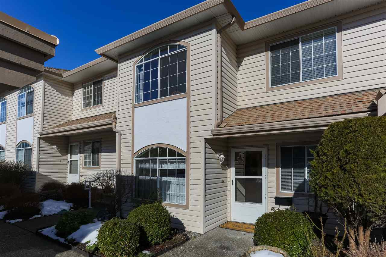 "Main Photo: 45 3110 TRAFALGAR Street in Abbotsford: Central Abbotsford Townhouse for sale in ""Northview at Trafalger Park"" : MLS®# R2341789"
