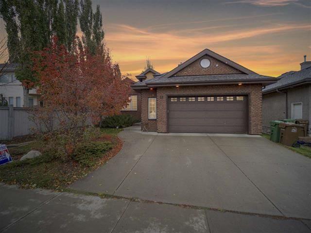 Main Photo: 22 LACOMBE Drive: St. Albert House for sale : MLS®# E4146829