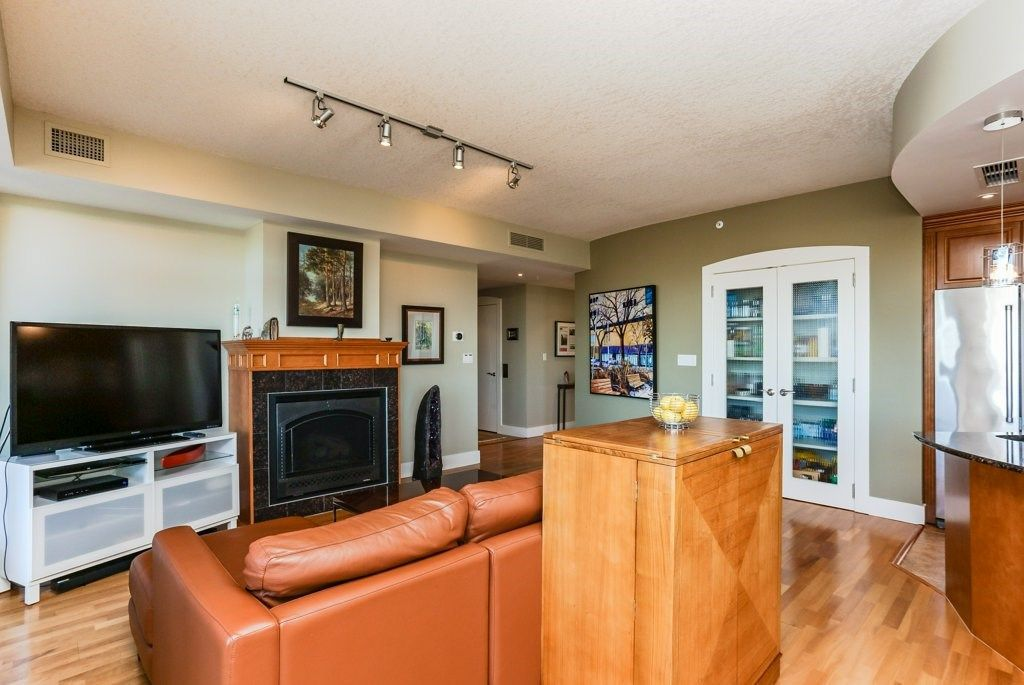 Photo 9: Photos: 401 10035 SASKATCHEWAN Drive in Edmonton: Zone 15 Condo for sale : MLS®# E4147730