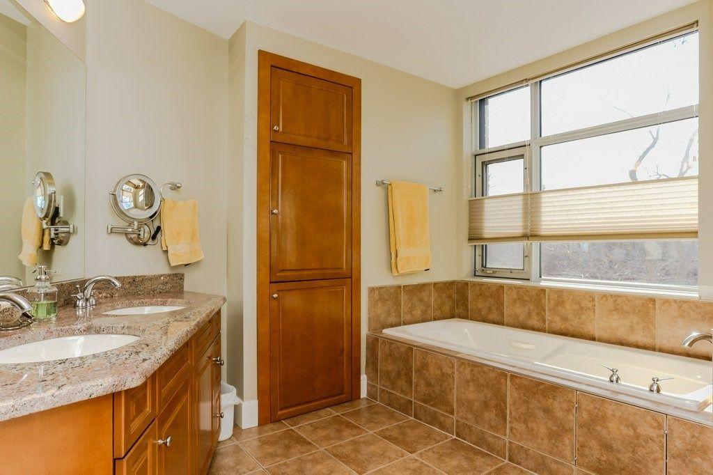 Photo 22: Photos: 401 10035 SASKATCHEWAN Drive in Edmonton: Zone 15 Condo for sale : MLS®# E4147730