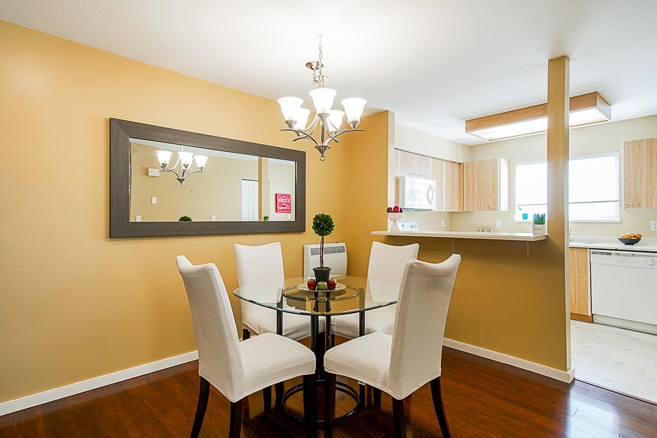 """Main Photo: 118 10091 156 Street in Surrey: Guildford Townhouse for sale in """"GUILDFORD PARK"""" (North Surrey)  : MLS®# R2364289"""