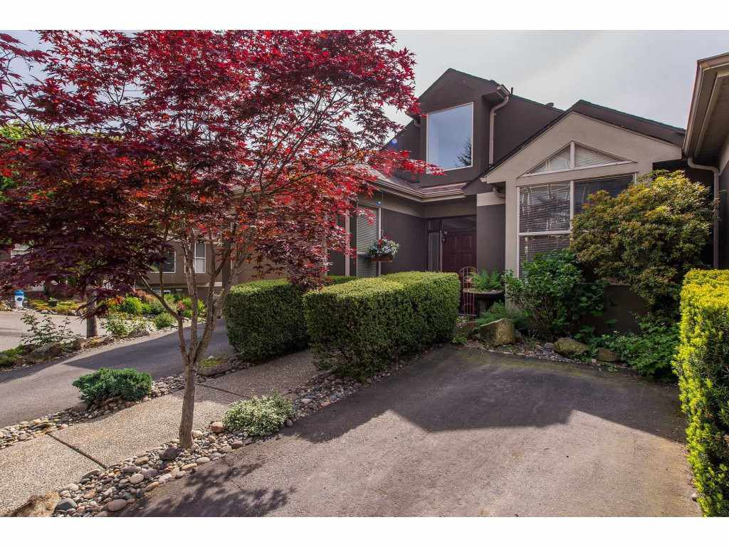 """Main Photo: 12 2058 WINFIELD Drive in Abbotsford: Abbotsford East Townhouse for sale in """"Rosehill Estates"""" : MLS®# R2369380"""